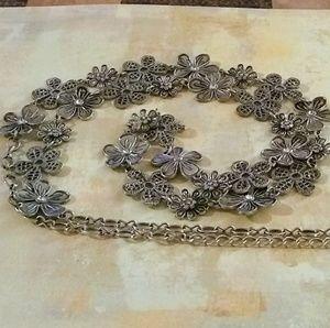 Daisy Chain necklace - Premier Designs